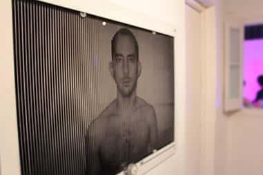 Damián Miroli - Escena con 3 escanimaciones controladas por Arduino en Rusia Galeria - 2012